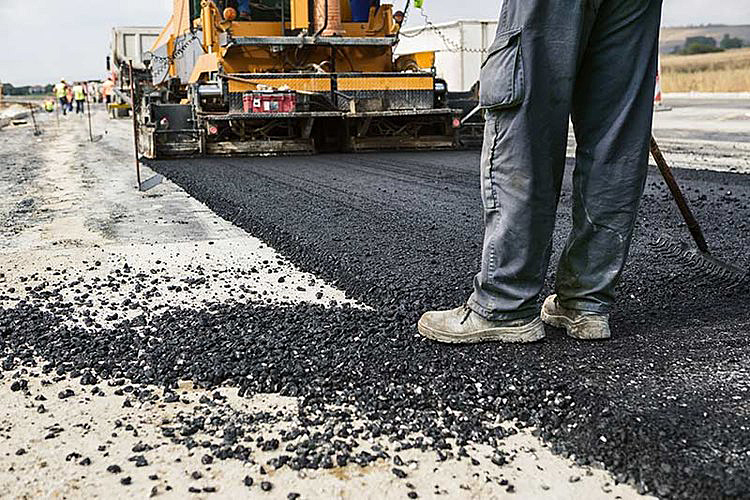 Residential Asphalt Paving Contractor in Nashville